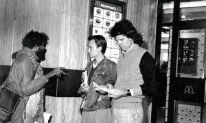 Bob Lambert leafleting McDonald's, 1986